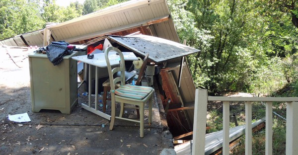2015-06-05_truck_accident_03